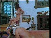 Смотреть порно одна девушка и два парня видео