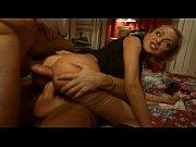 Зрелые мужики сняли симпатичную проститутку