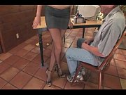 Therapist footsex with a patie