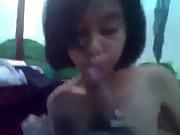 С подружкой в примерочной видео
