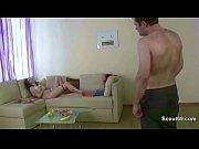видео первый секс парня
