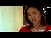 порно фото девушки показывают язык