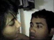 Парень трахает свою девушку в свуне