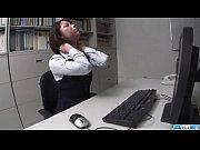(無修正) 加藤ツバキがエロエロOLに扮してバイブ、電マ、ディルドをフルに使ってハードオナニーの無料エロ動画