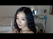 Cute Asian girl strippi...