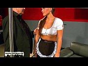 Парни одевают женские трусы чулки колготки
