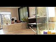 порно видео делает минет отцу в ванной табу