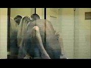Женщины в облегающих поозрачных белых трусиках