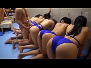 [ロリコン スク水 乱交]ロリ系水泳部の女の子達相手に男一人で大ハーレム大会!! - muryouero.comスマホ iPhone Android 無料エロ動画