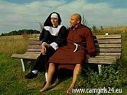 junge geile nonne diana auf parkbank gefickt www.camgirl24.eu