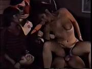 голые женщины попой садятся парню на лицо видео