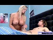 Абби брукс порно