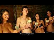 Pornofilm mitspielen muschi rasieren video