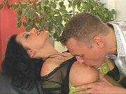 Corôa liberando a xota pro funcionário do marido