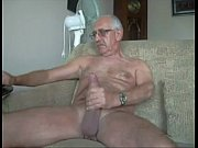 velhote pauzudo ( massive penis old guy ) – Gay Porn Video