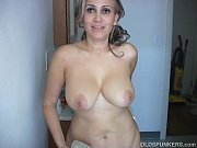 Picture Sexy old spunker shaves her pretty pussy and...