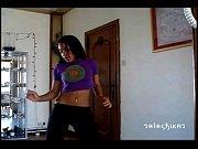 Carmen bailando sexy reggaeton