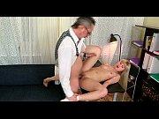 смотретьптивел девушку итальянское порно оргию