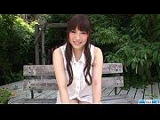 【無修正動画】沙藤ユリ 美人のお姉さんが、水をま○こにかけられながらのオナニーをして潮を吹きまくるw