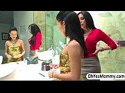 Порно видео русская зрелая соседка с молодым