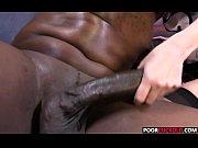 лисбиянки лижут киски грудь