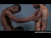 Thai massage västerås sensuell massage örebro