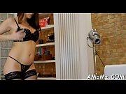 Шпионская съемка секс зрелой мамы