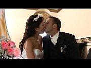 Порно трахнули жениха на свадьбе