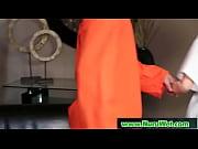 Гермафродит женщина отсасывает сама у себя видео