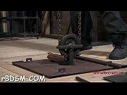 Видео служанка лижет жопу негру
