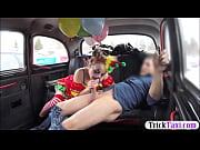 гиг порно смотреть онлайн внучка сосет у деда