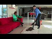 Порно смотреть онлайн соблазительная домохозяйка