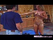Порно ролик с накаченной