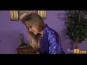 Два негра трахают блондинку онлайн