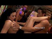 Порно на шпильках в колье фото 484-624