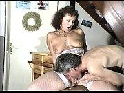 Порно инцест на бильярдном столе