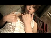 【無料エロ動画】セクシーランジェリー姿でお股ごしごしオナニー始める美女 | エロ動画まとめ【エロP】