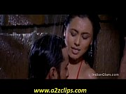 Rani Mukherjee Kiss Stills HOT