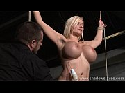 Picture German slavegirl Melanie Moons electro bdsm...
