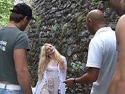 Видео клип как парень ебал свою маму