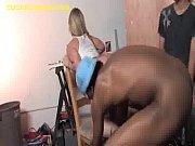 Смотреть порно гигантский дилдо