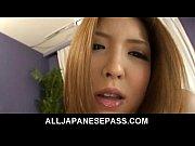 chơi gái xinh xuất tinh đầy lồn Riana Natsukawa