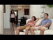 Жена изменяет мужу с двумя мужиками
