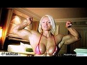 Порно измена блондинки жены с тремя ёбарями