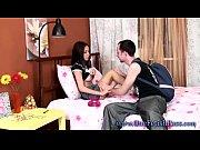 молодая русская девушка в эротическом ролике