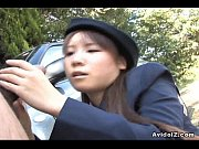 Picture Japanese Momo Aizawa gives an outdoor blowjo
