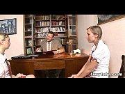 порно видео как старик трахает проститутку в сауне
