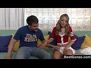 Видео где девушка сосет и сексом занимается