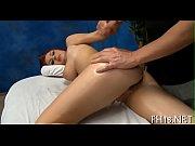 Порно госпожа ссыт рабыне срет