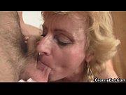 Порно на русском жена трахается на глазах мужа унижает мужу